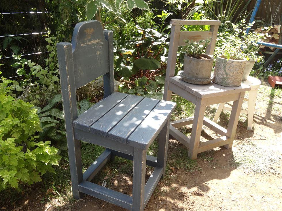 お気に入り雑貨の指定席に♪ちび椅子を手作りする!