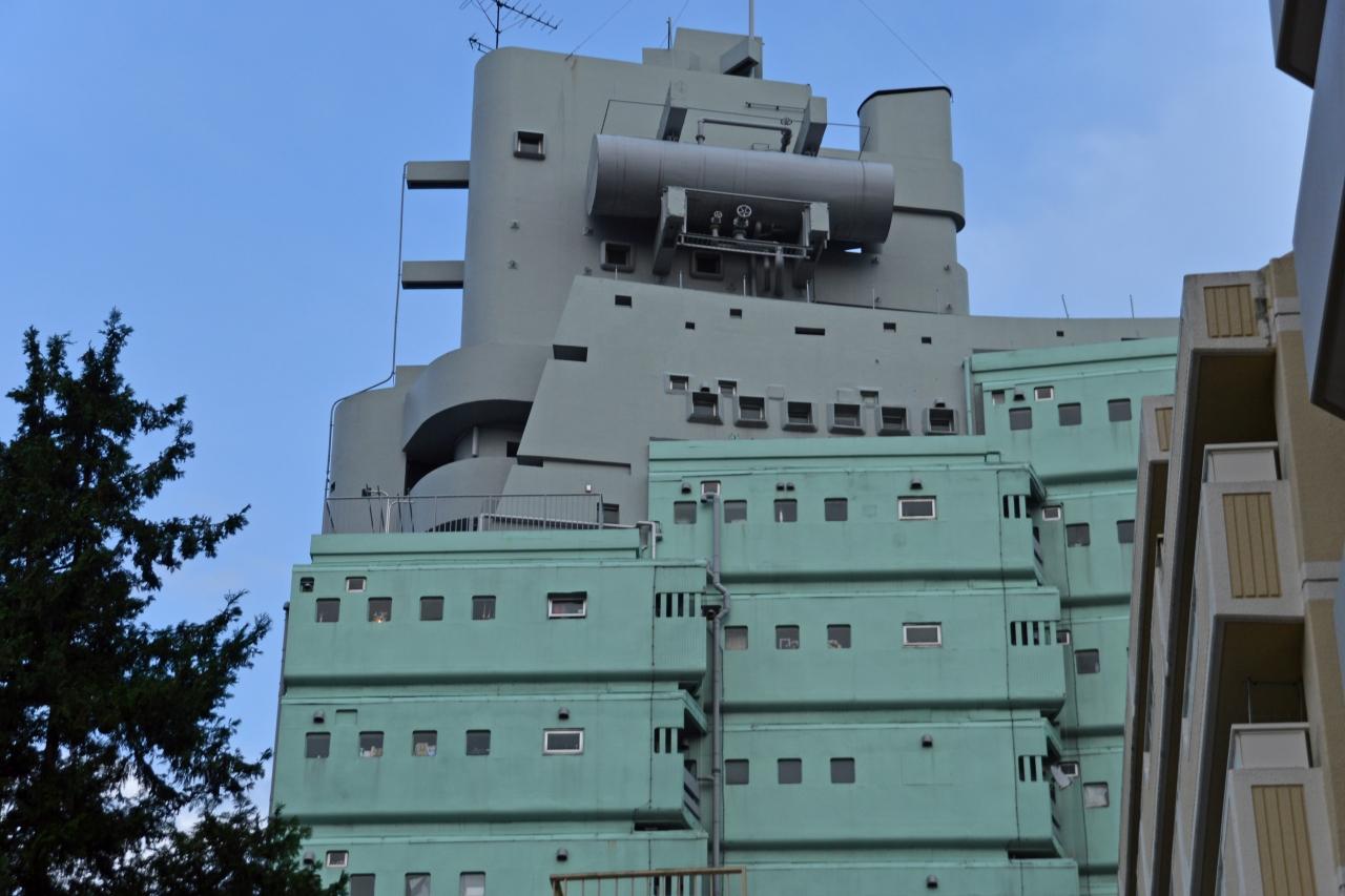 乗組員たちの夢をのせて。「軍艦マンション」を訪ねる