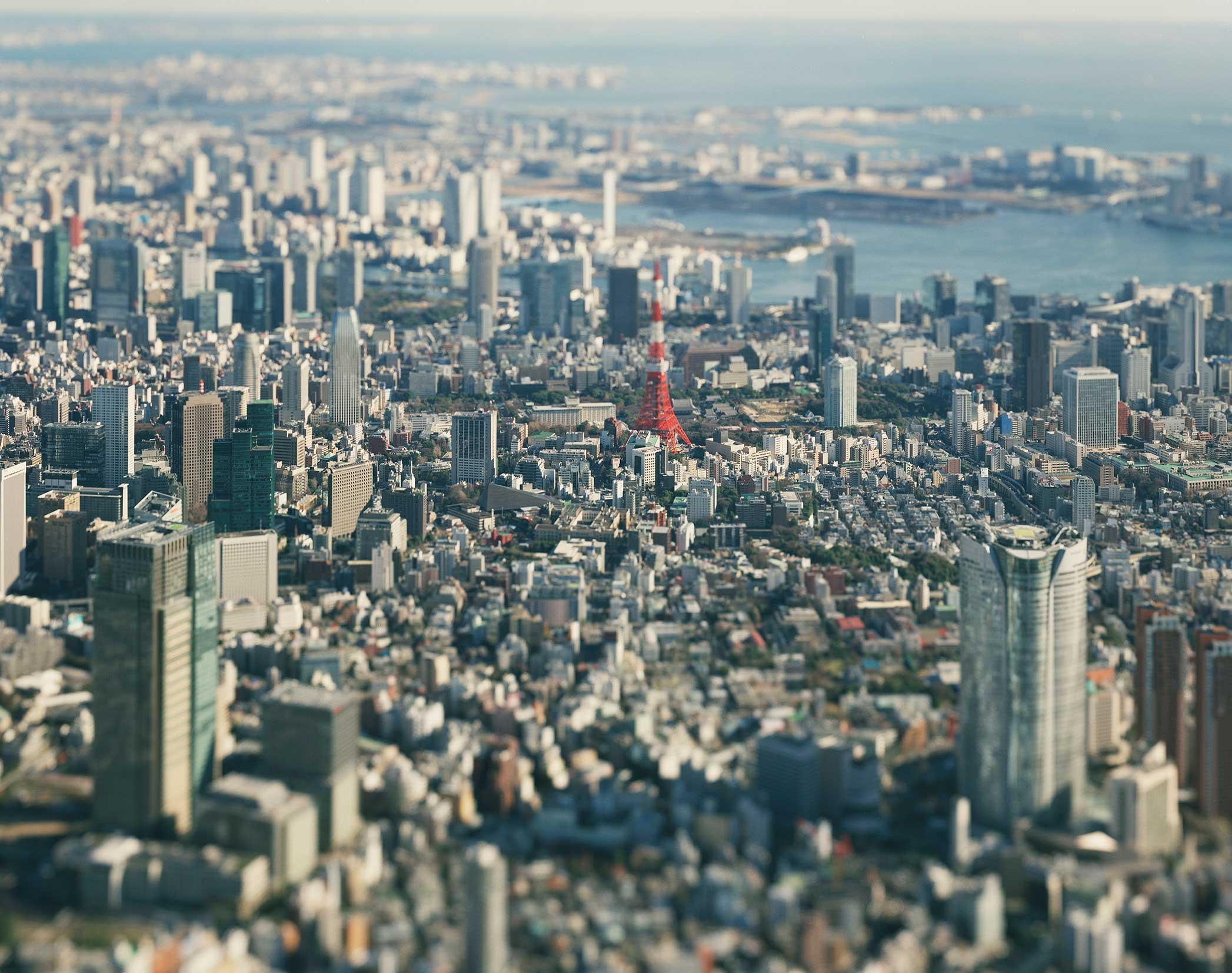 本城直季「TOKYO / KYOTO 1/2」展で、ジオラマのような東京を観察しよう(代官山・3/13まで)