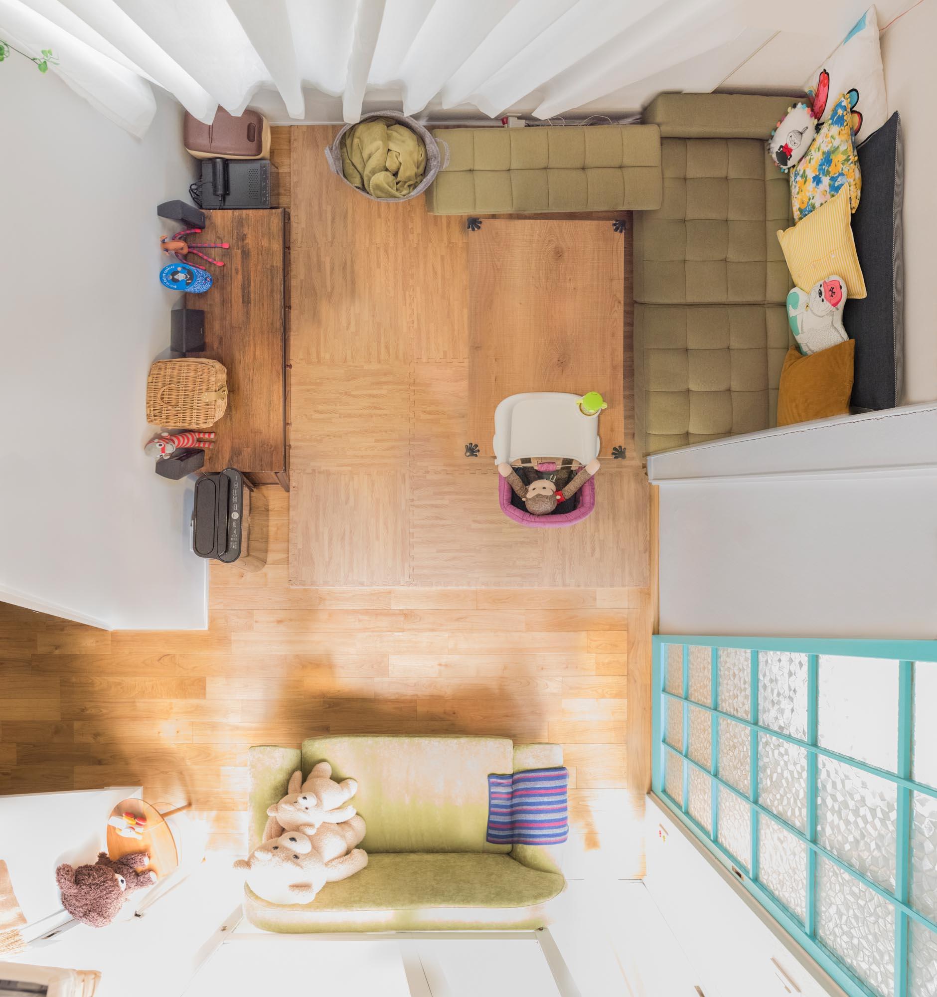 1階の平面図写真。前回と比べるとぐっと色調がおだやか。