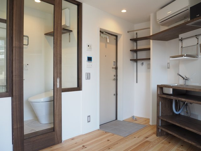 20平米未満の小さな部屋でも、水回りの省スペース化がされているものであれば、十分家具を置くことができます