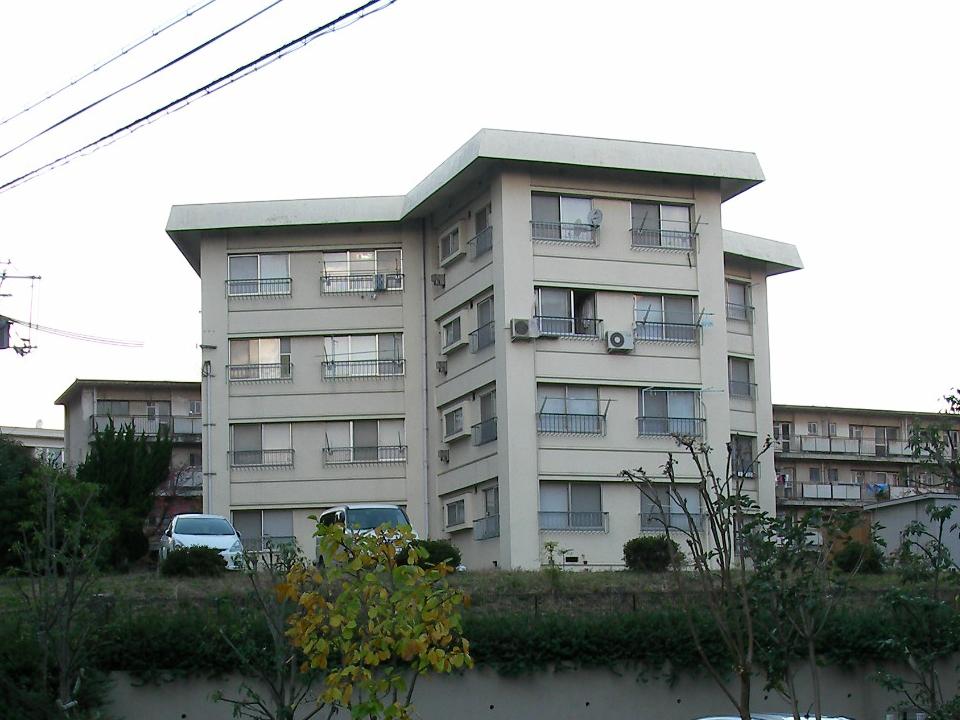 ホテル浦島社宅:千里ニュータウンでは唯一残ったスターハウス