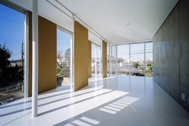 外観、共用部から、部屋からの眺望に至るまで、すべてが計算されたものもあります。