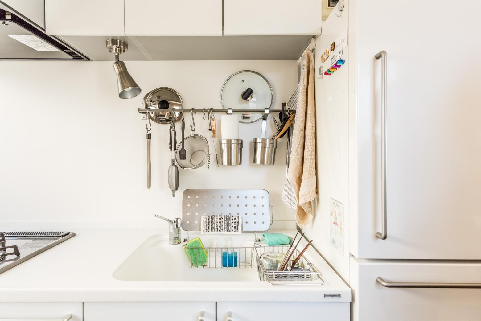 「キッチンがステンレスじゃなくて白いのも気に入ってます」
