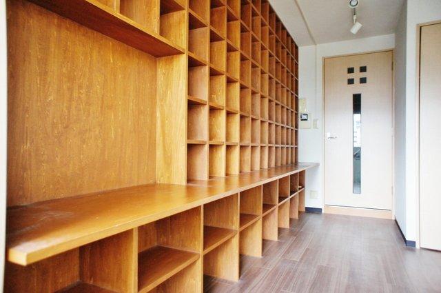 同居人は、この本棚です。