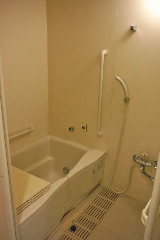 アルビス旭ヶ丘浴室:浴室はユニットバス