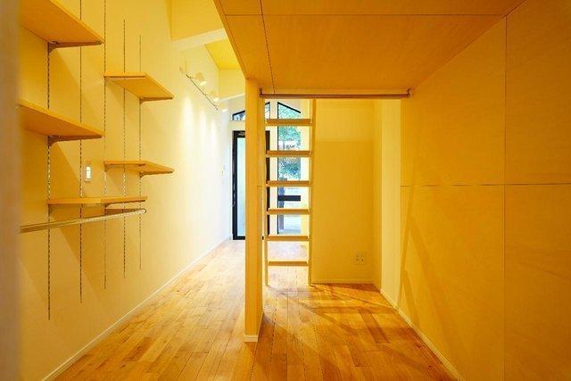 ロフトに壁面収納に。小さくても、いろんな工夫がいっぱいのワンルーム。