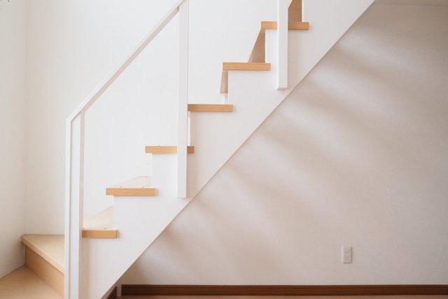 もちろんロフトつき。しっかりした階段で登ります。階段がある部屋ってそれだけで絵になる感じ。