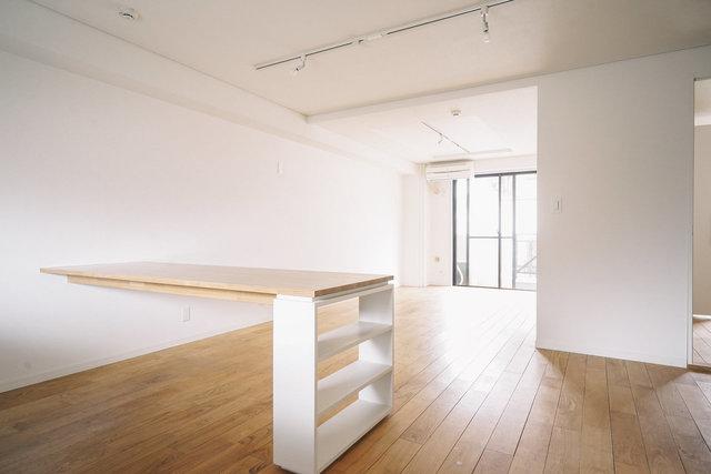たとえば現在募集中のこちらのお部屋は、柿生駅徒歩6分、1LDK 50.04㎡で、8.5万円。2人暮らしなら少し広いぐらいのスペースがあります。
