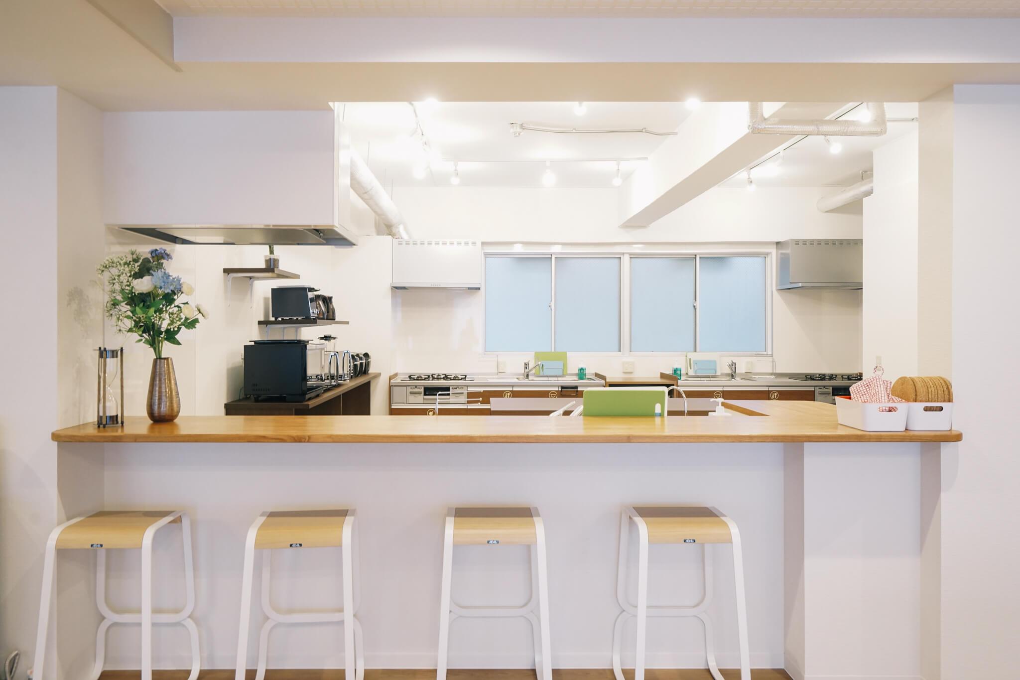 企画担当の元マネージャーさんが完成したときに感動して泣いてしまった、というカウンターキッチン。