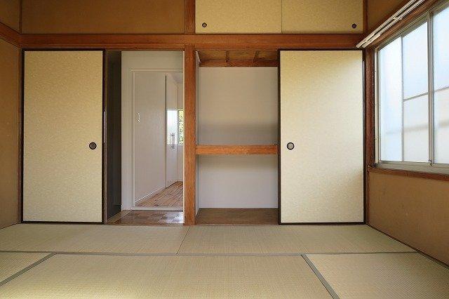 2階は洋室と、和室。お客さんきたとき、和室って使いやすいですよね。