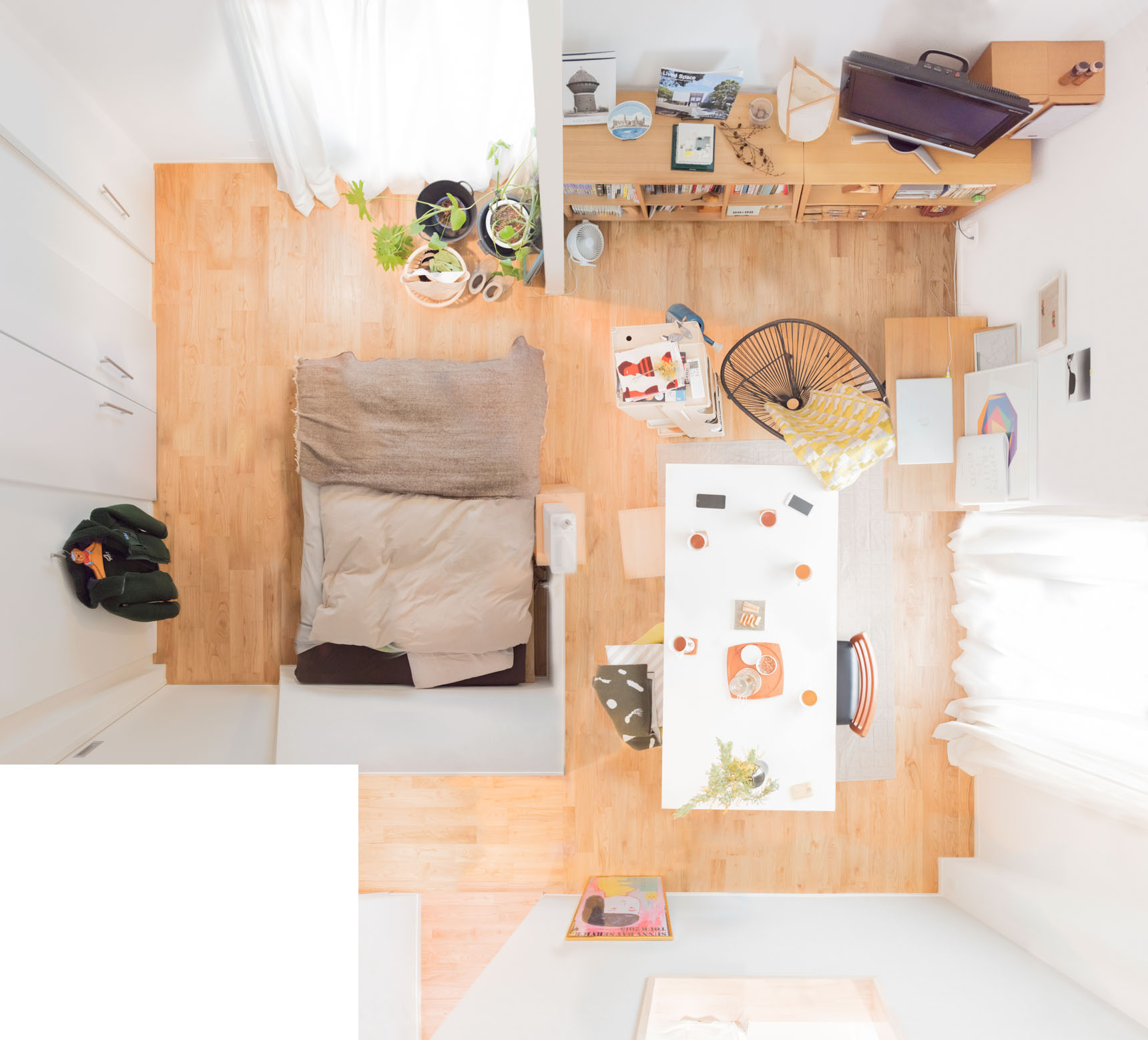 「対照的な空間」を生む 建築好きの部屋