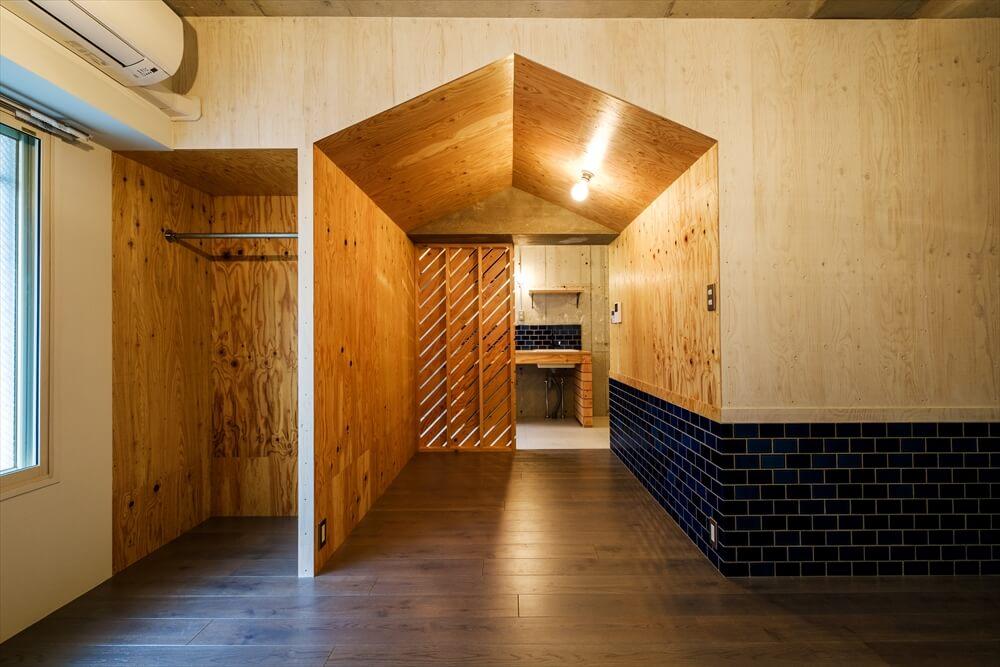 こちらは洞窟感がお気に入りの「Craft」シリーズ。「すごく個性的な部屋で。どうやって住もう?て、住んでないのに考えてます」