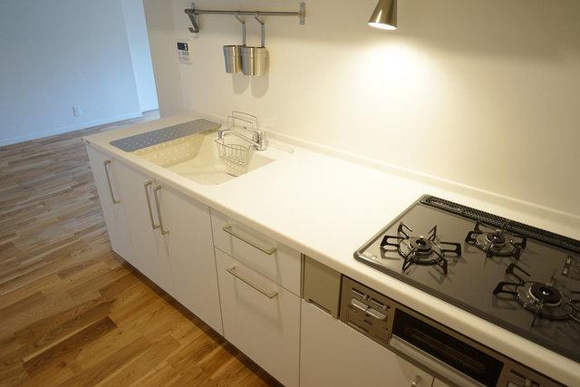 キッチンも当然広々です。
