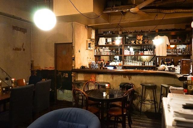 美味しいお店も探すとたくさんあります。こちらは、『カフェ・グリル・バー太陽』