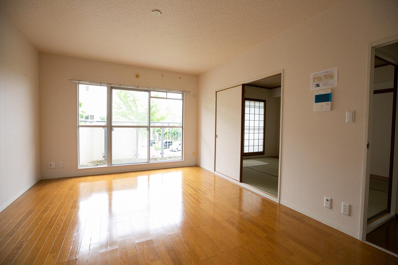 85平米の3LDK。「団地のお部屋は、同じ3LDKでも民間のマンションに比べてゆったりした間取りが多いんですよ」