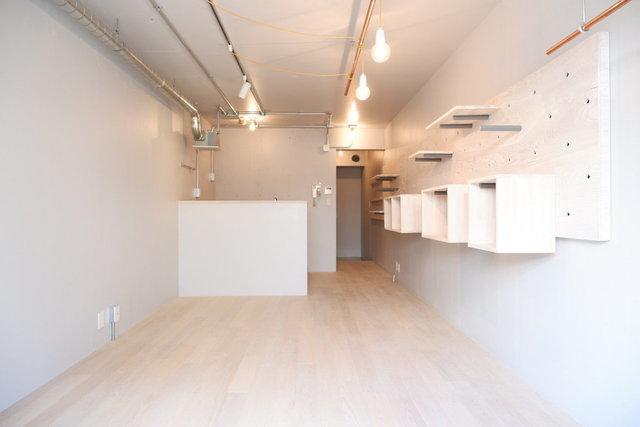 こちらのお部屋は、このまま何も置かなくてもかっこいい。スタイリッシュなリノベワンルームです