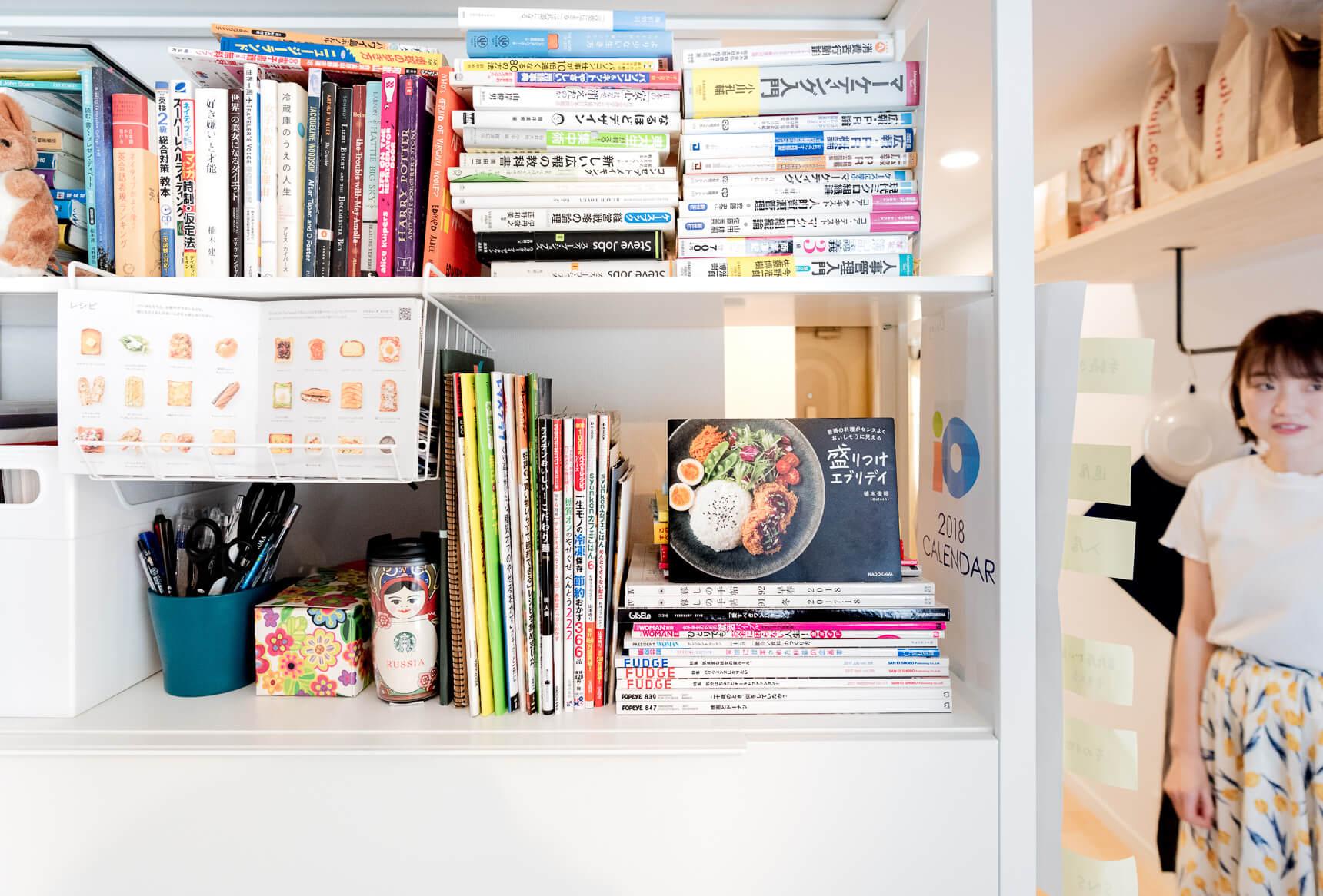 本棚にも料理の本がたくさん。