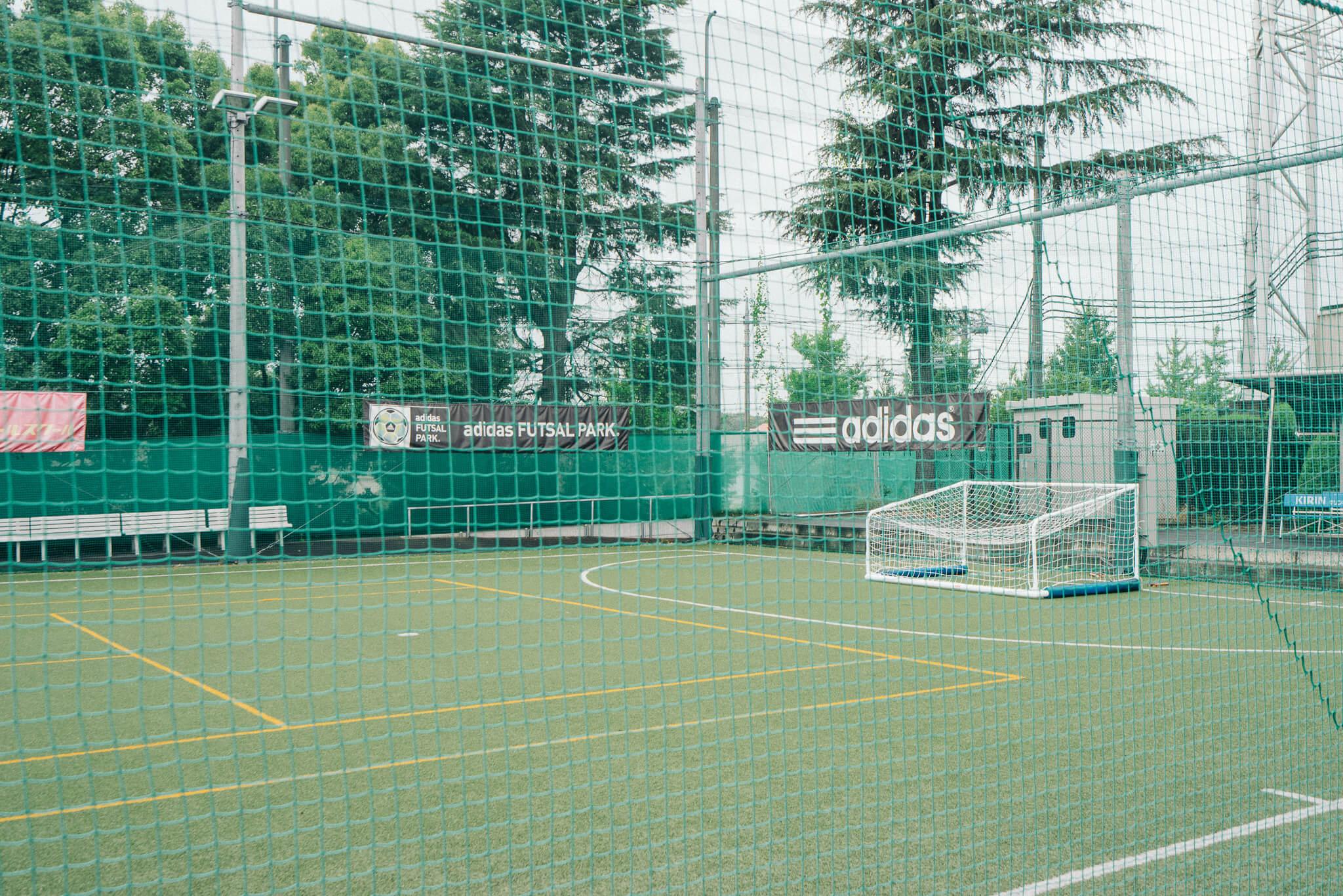 さらに、ゴルフ、テニス、フットサルなどのできるスポーツ施設も併設。休みの日も、近所で思う存分楽しめそう。