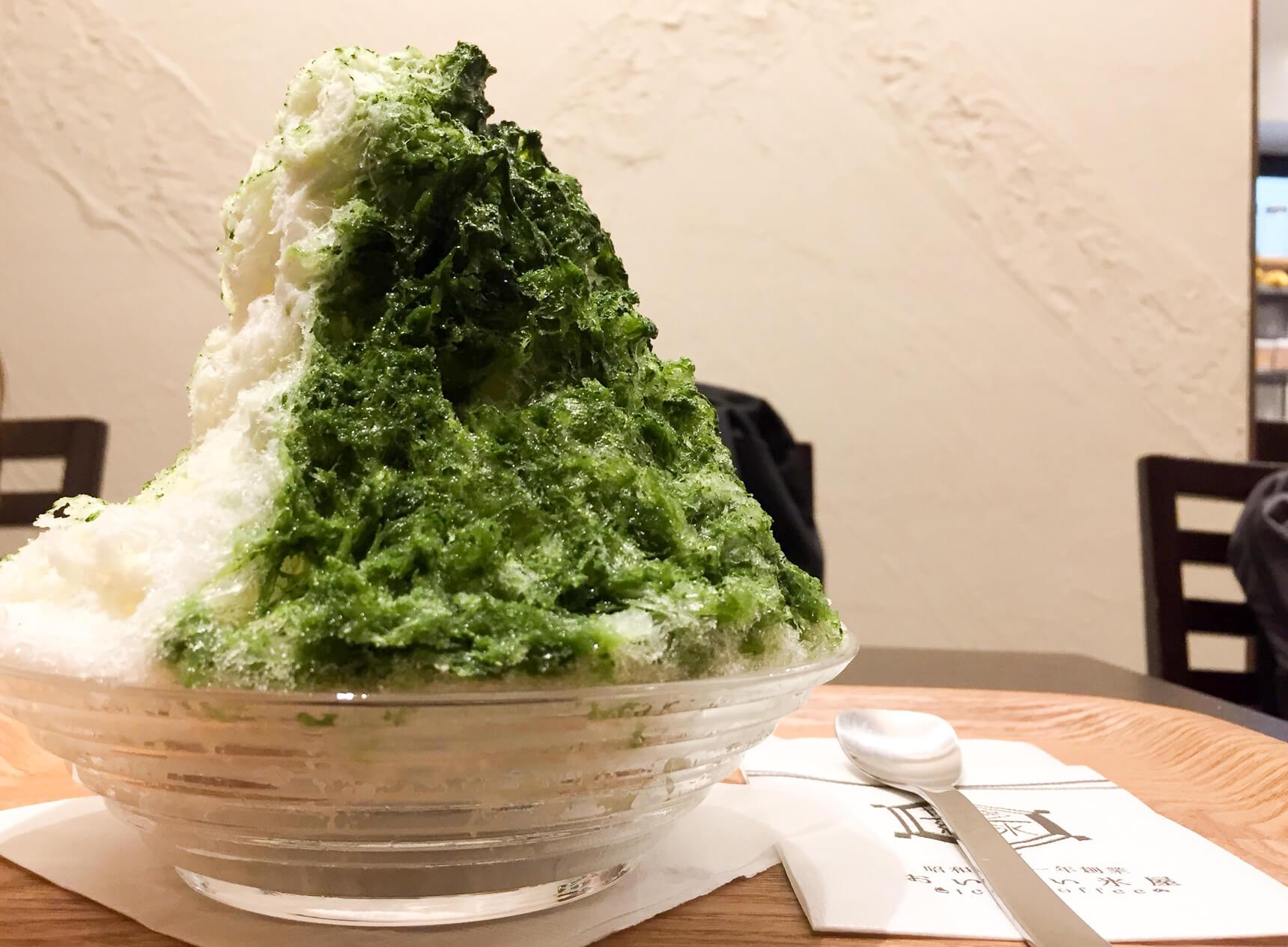 創業68年の氷屋さんが作るかき氷を堪能しに。「おいしい氷屋」(福岡・唐人町)