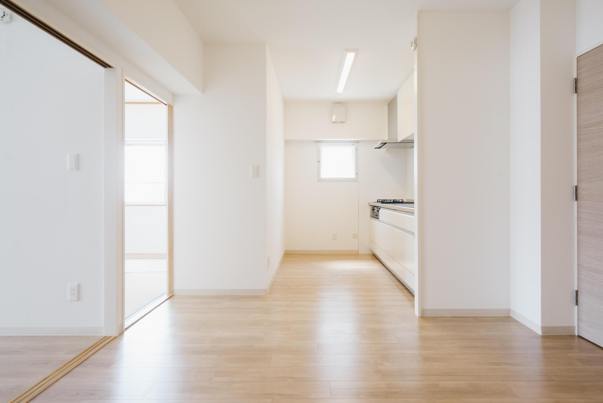 シンプルで、ナチュラルな白を基調にした空間です※画像は3DKのお部屋です