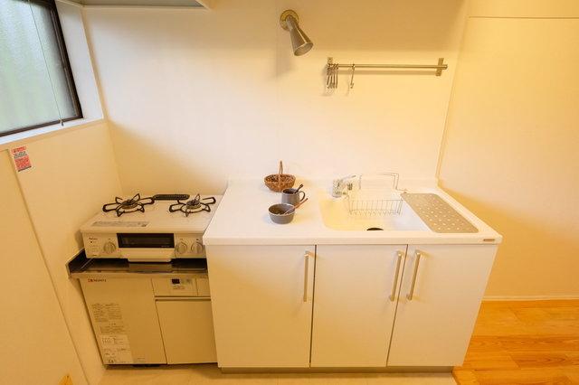 シンプルなキッチンのデザイン。評判いいんですよ。