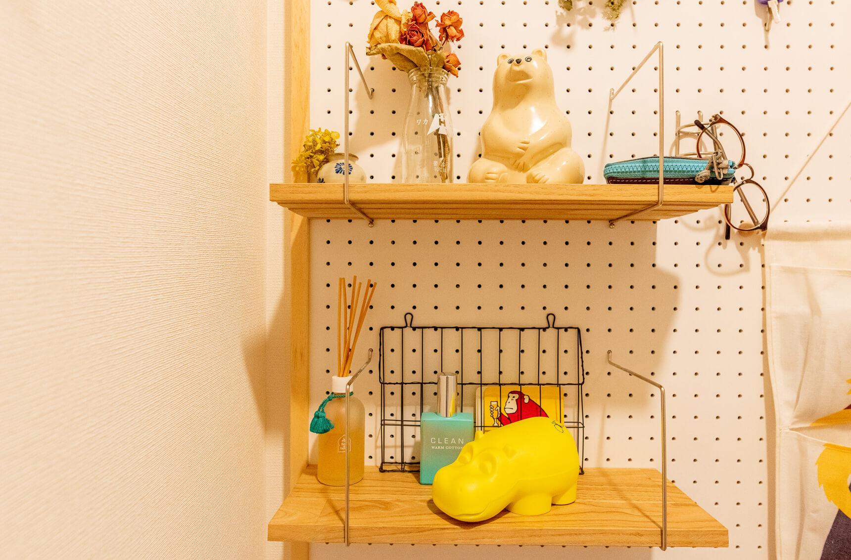さきほどの玄関廊下に魅力的に置かれているグッズにも動物モチーフのものがちらほら。