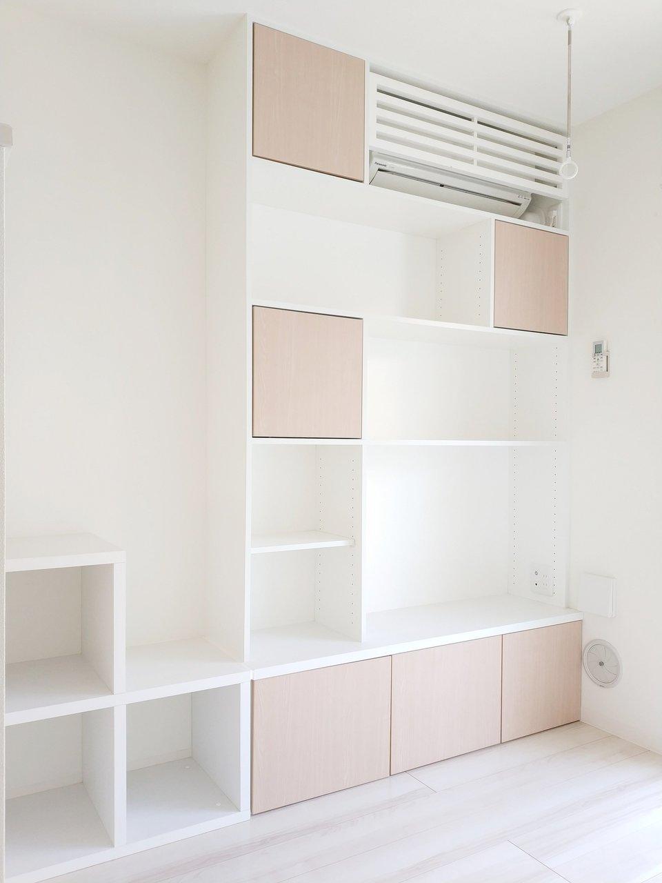 ロフトへの階段も兼ねているボックス収納。デザインも可愛いですよね。