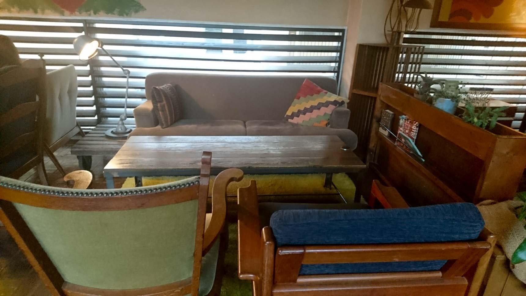 ソファの席や