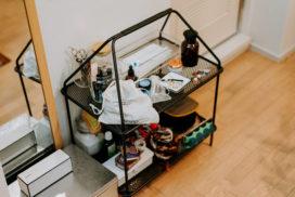 ベーシックなデザインがいい。IKEAとHAYのコラボレーション「YPPERLIG」のマガジンラック
