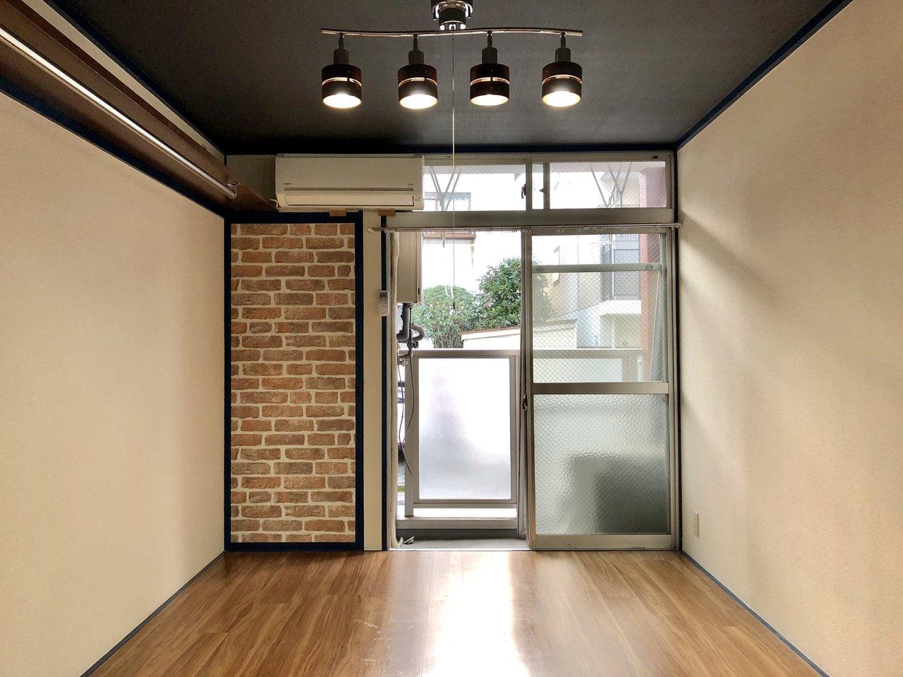 ひとり暮らし3万円台!かなりお得な1Kのお部屋です。室内はフローリング、壁紙なども張り替えられていて綺麗。
