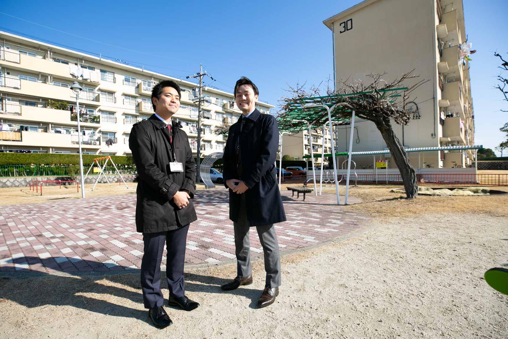 ご案内してくださったのは、UR都市機構の西谷さん(写真左)と木納さん(写真右)です。