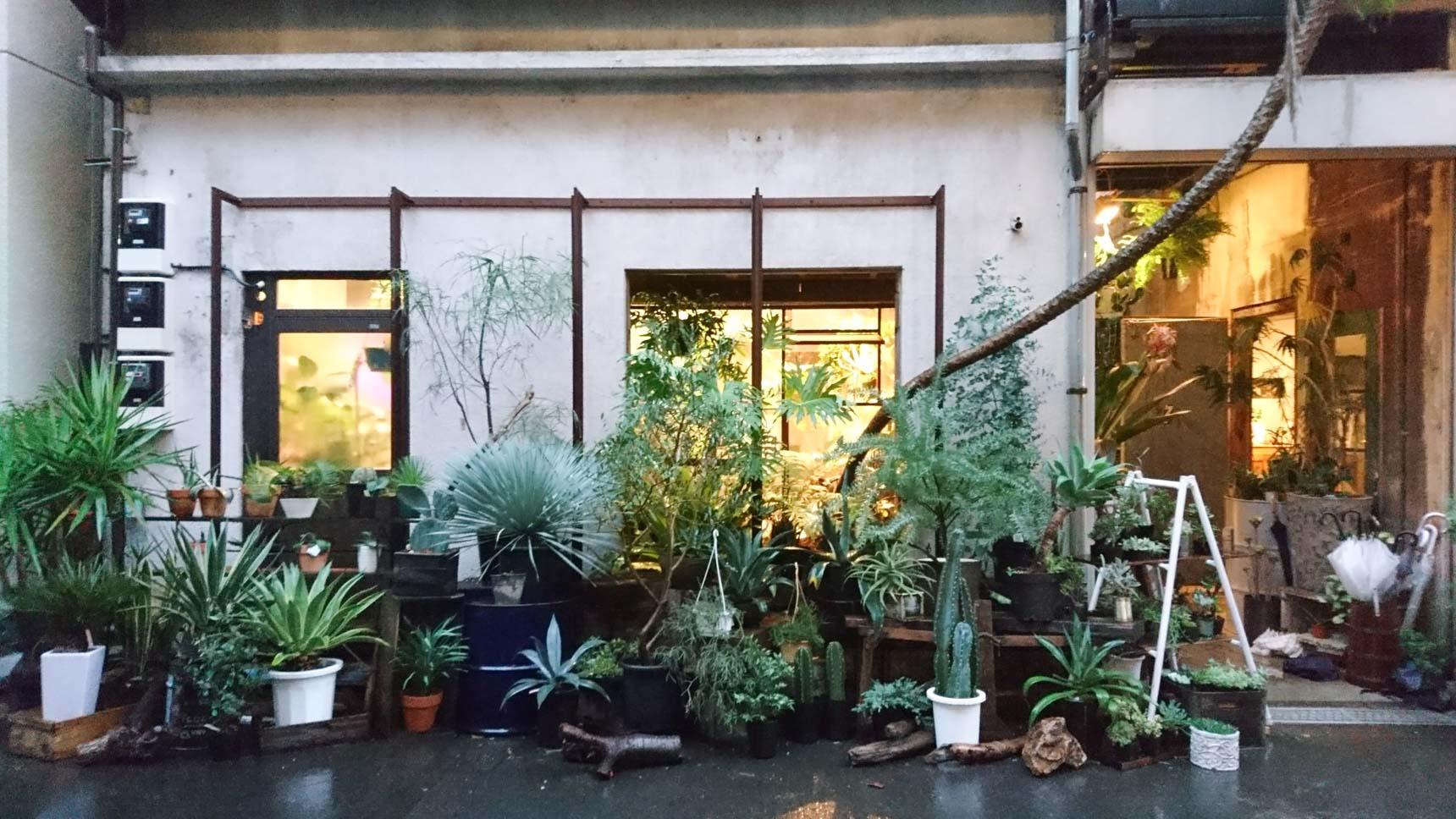 上野の裏路地に誕生したクリエイティブ空間『ROUTE BOOKS』(東京ブックカフェ巡り Vol.2)