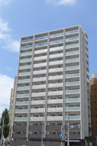 15階建ての最上階のお部屋、見つけました。しかも駅から徒歩2分という立地。