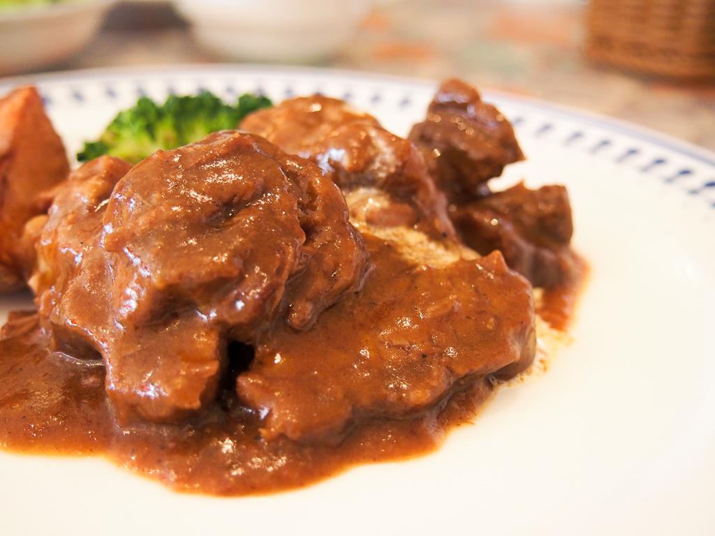 ほろほろのお肉が絶品。地元の人に愛される洋食の名店―下北沢『VARIE(バリエ)』