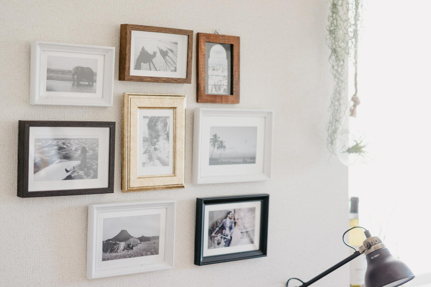 壁にかけられていたたくさんのフォトフレーム。印象的な写真だなぁと思ってお聞きしてみたら、ご本人が撮影されたものということで、びっくり。