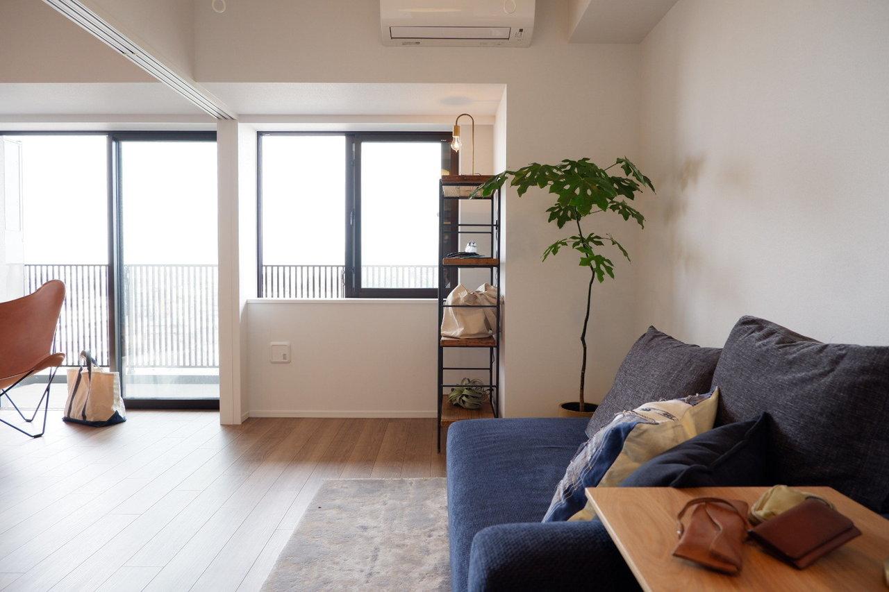 こちらは「プライムメゾン江古田の杜」1LDKのモデルルーム。「新築で、お部屋がすごく綺麗だったのもポイントでした」と苑美さん。