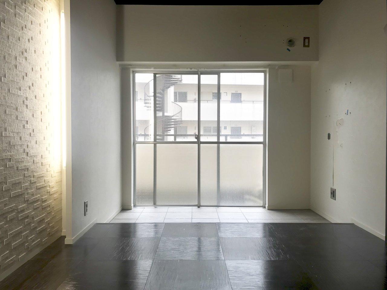 1つ目の洋室には、インナーテラスが。ここでグリーンなどを置いてもいいかも。