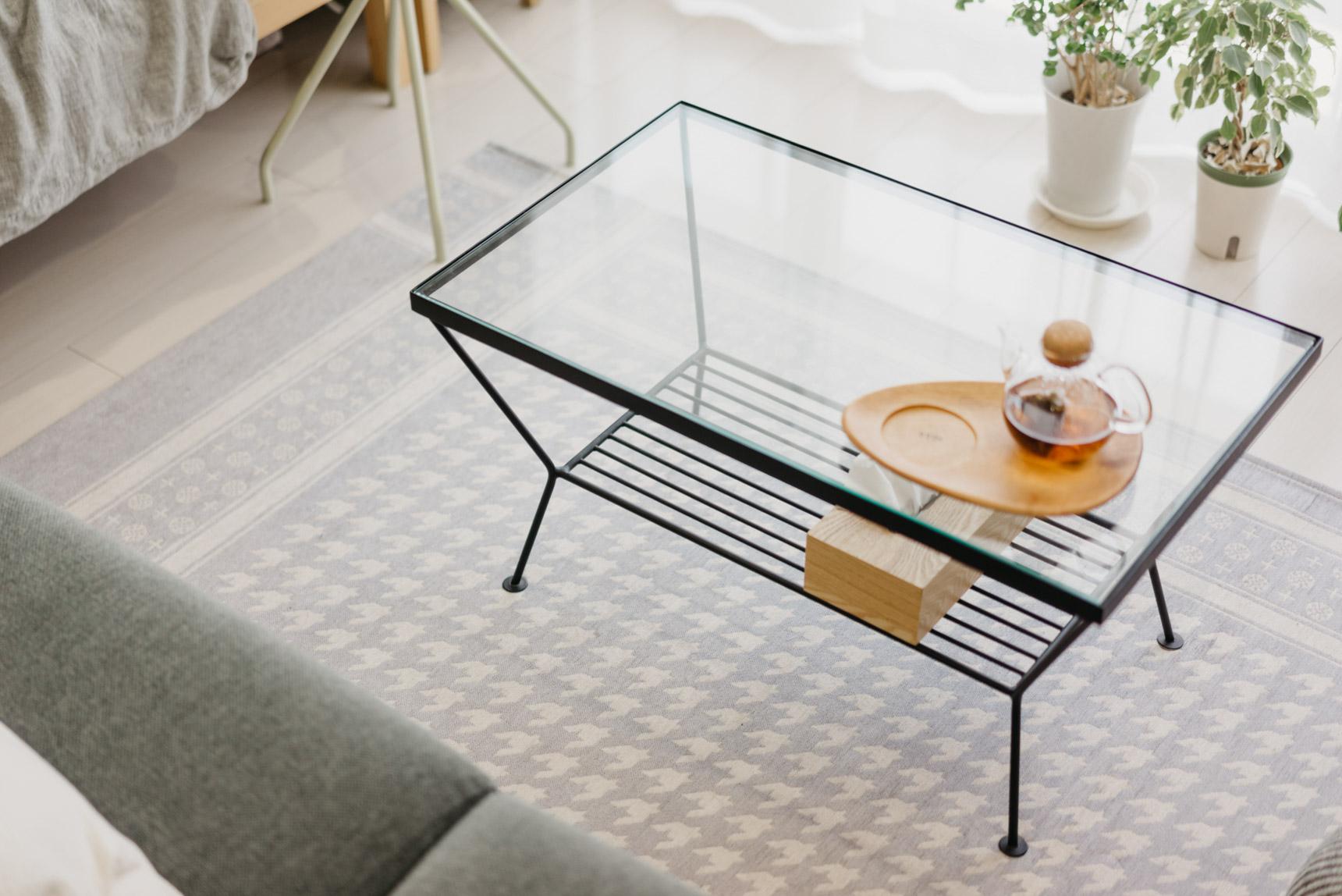 ローテーブルとラグは、unicoで購入。