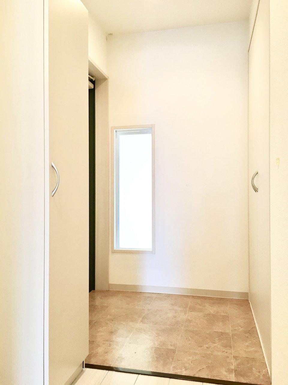 広くてゆったりした玄関。