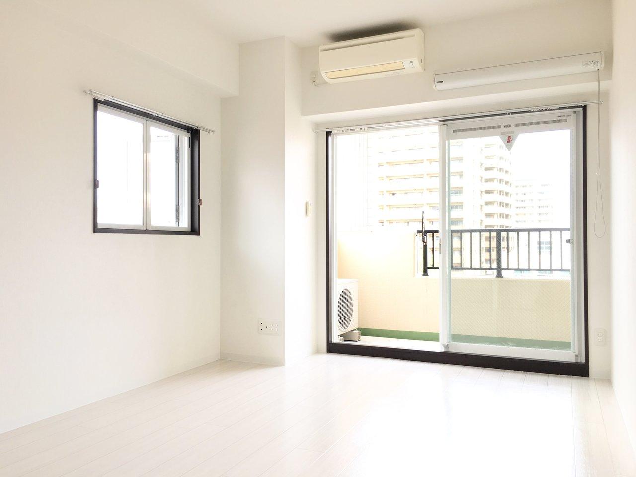 室内は白を基調とした2面採光で、常に明るく気持ちのよいお部屋です。