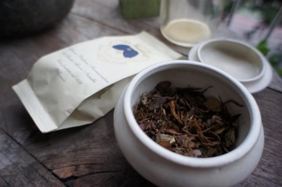 イタリア最古の薬局とも言われるサンタマリア・ノヴェッラのポプリ。とにかく香りが良く、部屋の印象をワンランクあげてくれます(アイテム紹介はこちら)