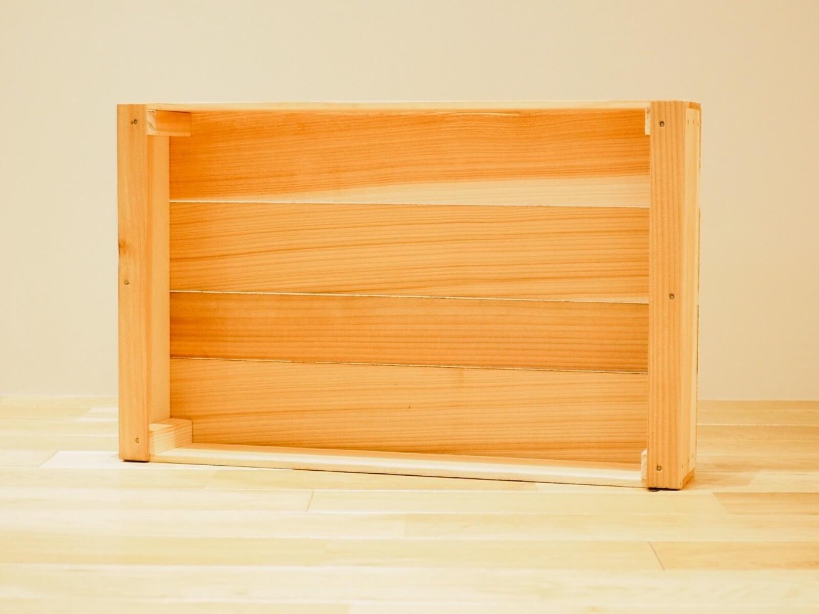 魚箱 : 600×380×105 / 520×365×100 ※外寸(横×奥行き×高さ) / 内寸(横×奥行き×高さ)