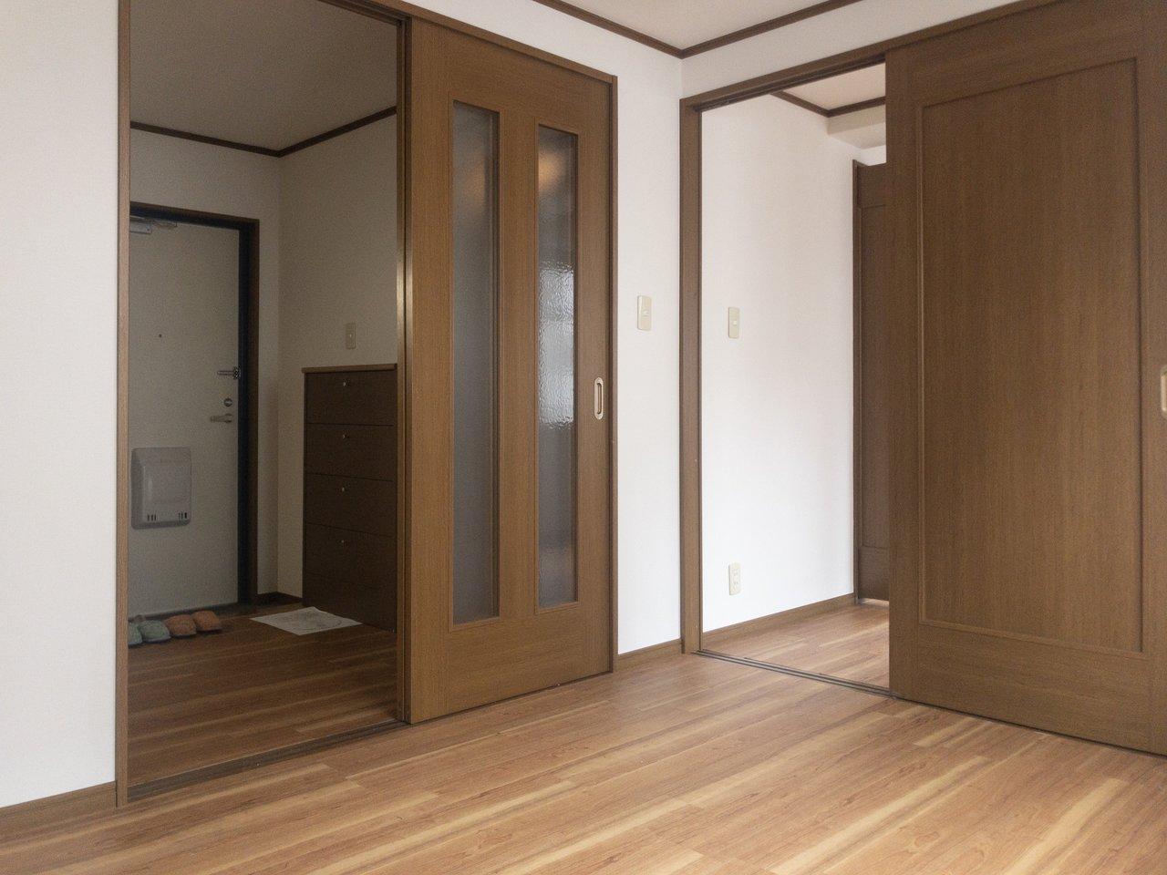 ほんのり和テイストのお部屋です。町の雰囲気も相まって、まったり暮らせそう。