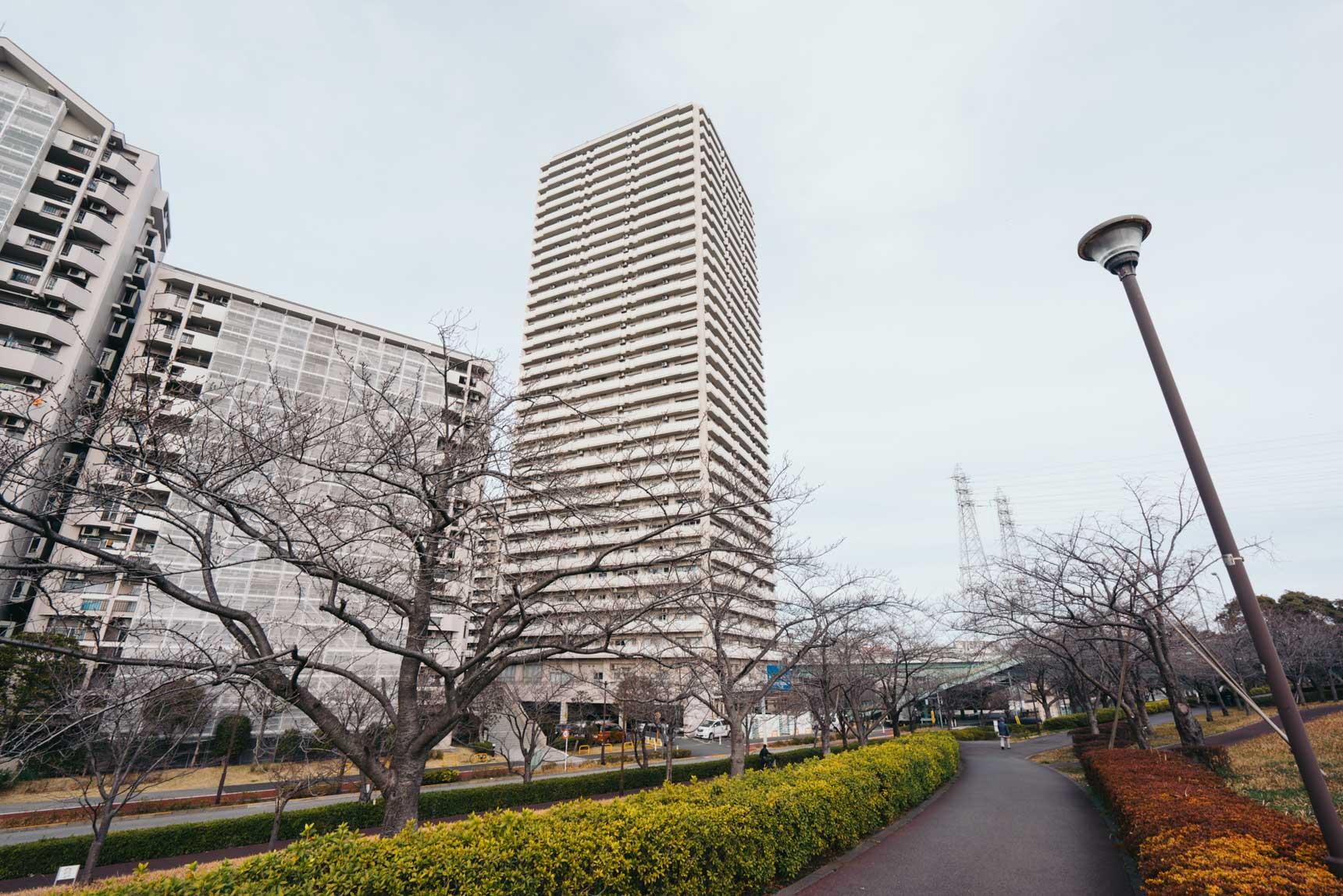 東大島駅の周辺に開発され、お部屋までも駅徒歩3分という近さの「小松川グリーンタウン セーラ小松川」