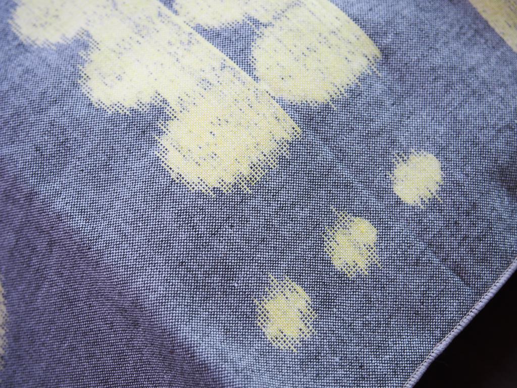 久留米絣は、このかすれたような模様を出すことが特徴。