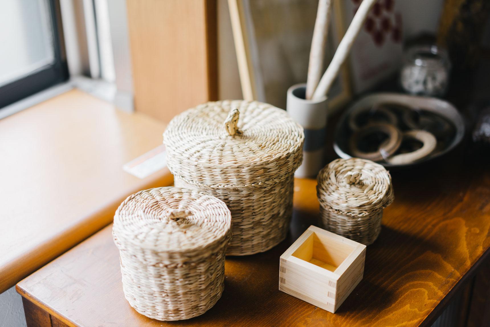 お部屋の各所に置かれているアイテムも、どことなく和を感じさせるものが多く、懐かしい雰囲気を作るのに一役買っています。