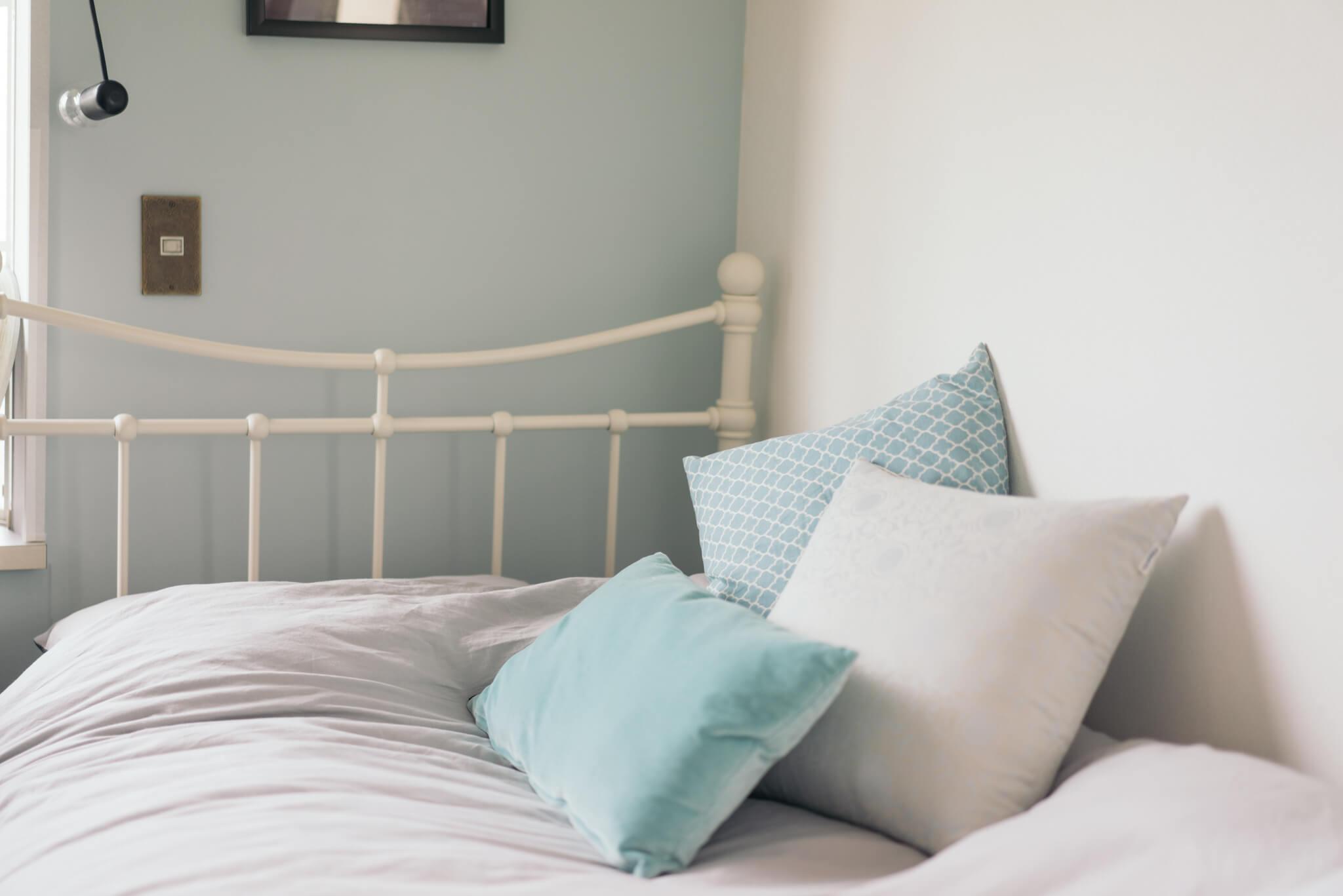 寝苦しい夜を快適に過ごす「ベッドルーム」アイディアまとめ