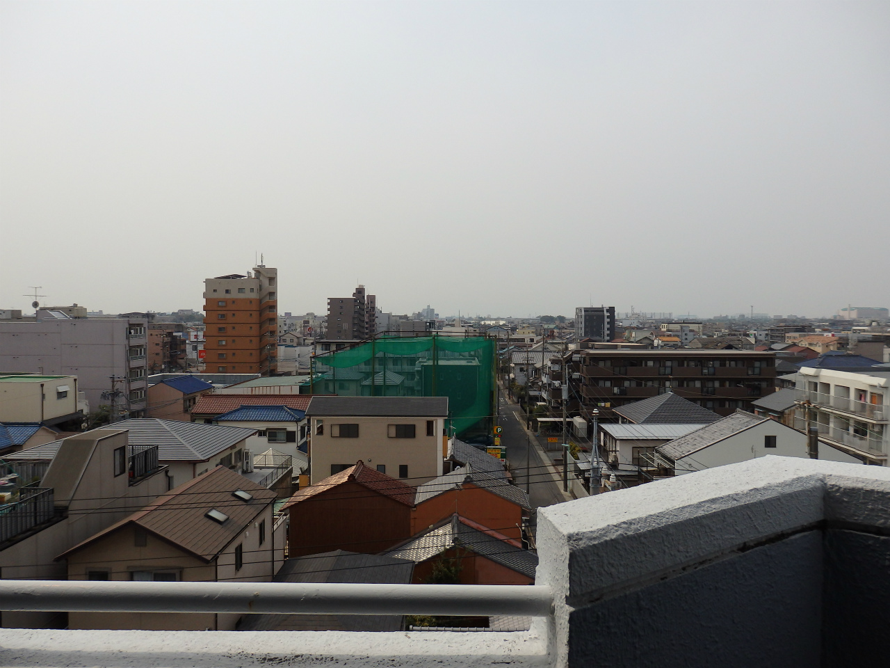 さらにはこの抜けるような眺望!6階のお部屋なので、眺めがとってもいいのです。広さ、眺望、という2つの人気条件がそろっています。