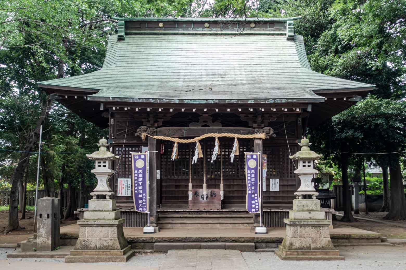 ちなみに、公園の近くには〈祖師谷神明社〉という立派な神社もあります。